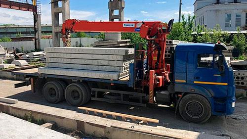 Перевозка плит и блоков манипулятором в Москве и МО