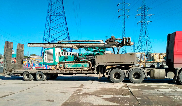 Заказать перевозку грузов тралом в Москве и МО