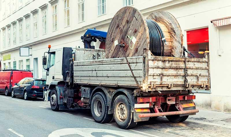 Услуга по перевозке катушек манипулятором в Москве